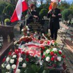 """Pożegnanie mjr. Józefa Oleksiewicza ps. """"Tatar"""". Delegacja ZŻNSZ. Księginice, 06.10.2020 r."""